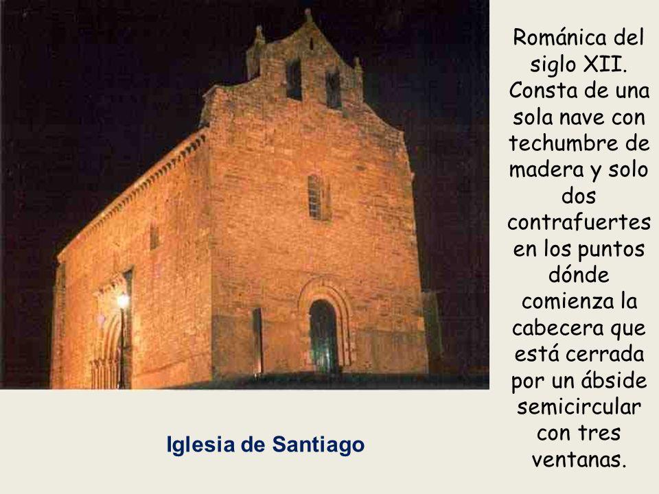 Iglesia de Santiago Románica del siglo XII.