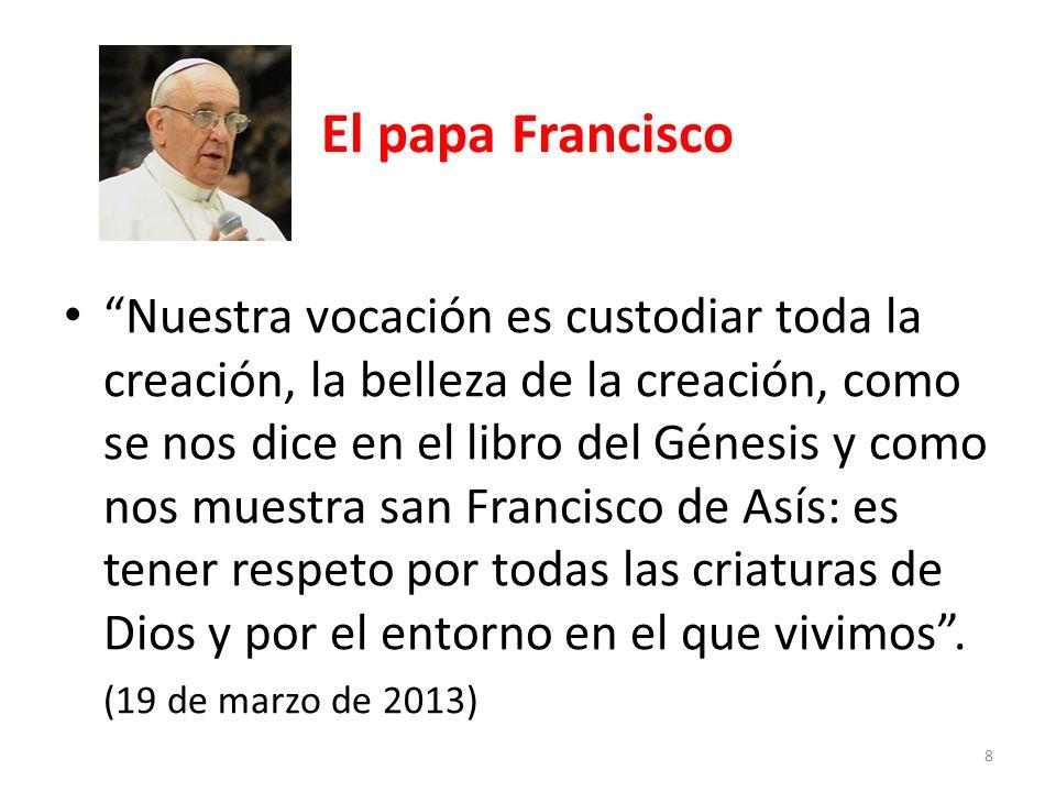 El papa Francisco Francisco, anda y repara mi casa, que, como ves, está toda en ruinas, le dice el crucificado al pobre de Asís en la pequeña capilla de San Damián.