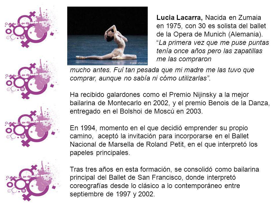 Ángela Vilariño Facal nació en 1985 y actualmente vive en Hondarribia.