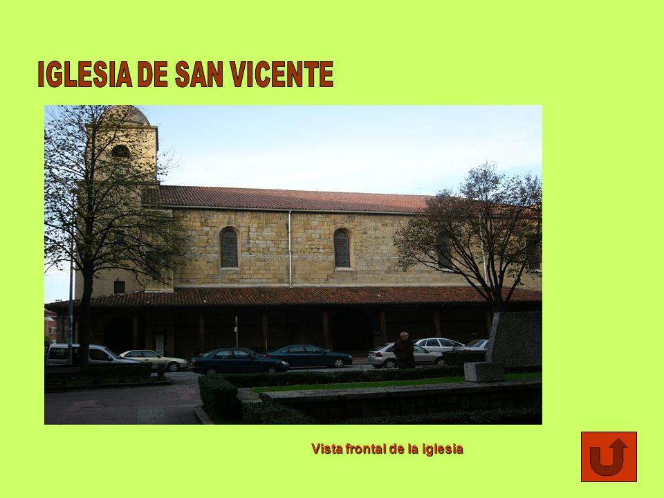El pórtico de la iglesia y un antiguo cementerio anexo fueron lugar de celebración de asambleas municipales hasta el siglo XIX. Además,estos recintos