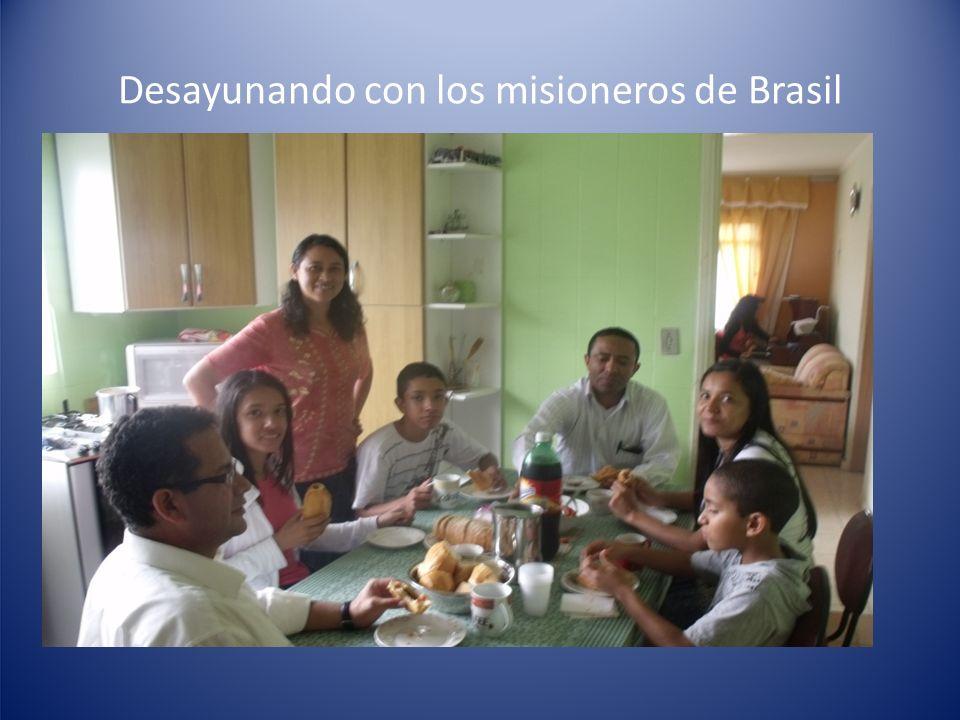 Desayunando con los misioneros de Brasil