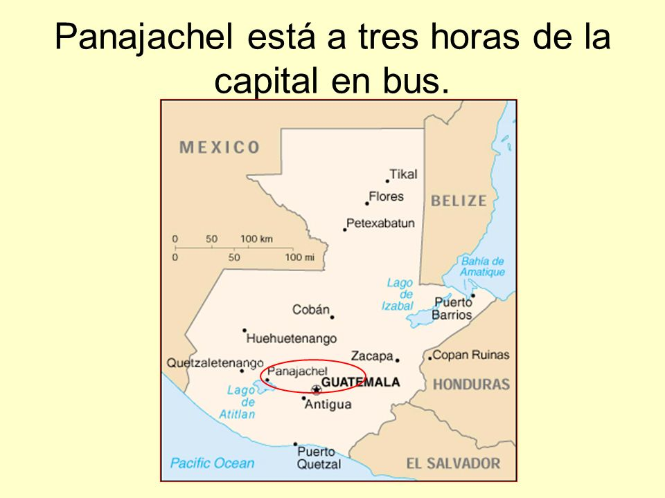 Muchos turistas van a Panajachel.