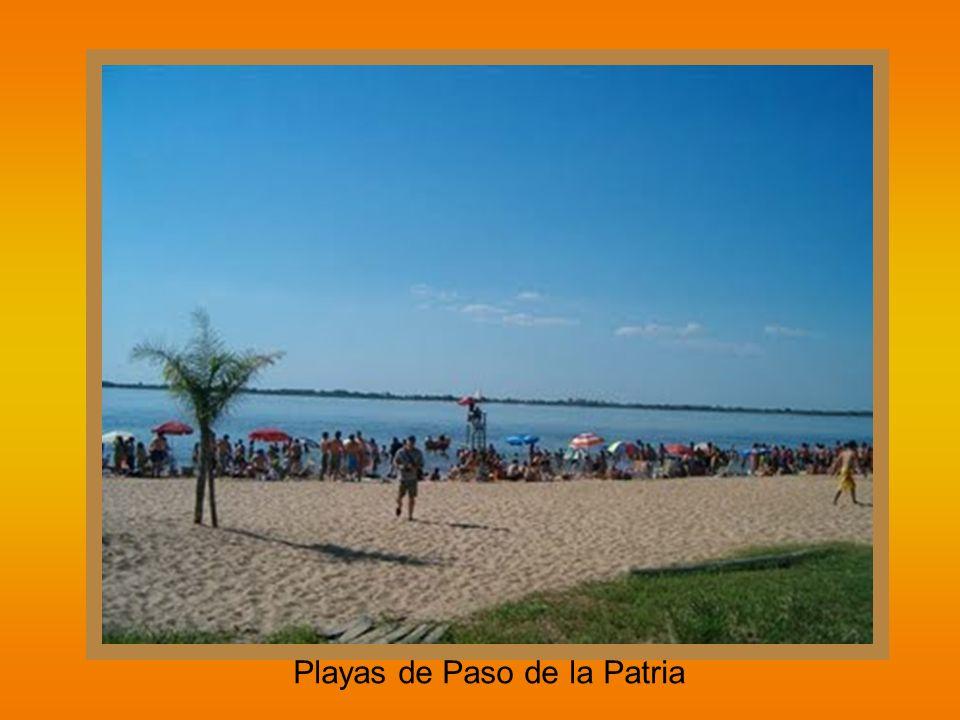 Costas del Paraná y barrancas - Empedrado