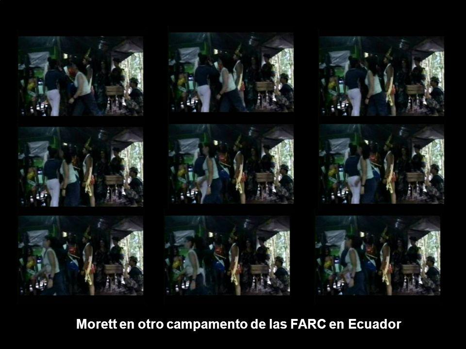 Morett en otro campamento de las FARC en Ecuador
