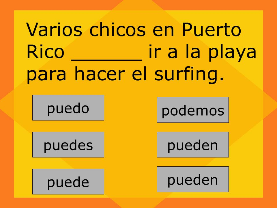 Varios chicos en Puerto Rico ______ ir a la playa para hacer el surfing.