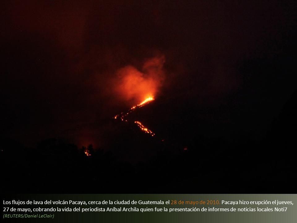 Los flujos de lava del volcán Pacaya, cerca de la ciudad de Guatemala el 28 de mayo de 2010.