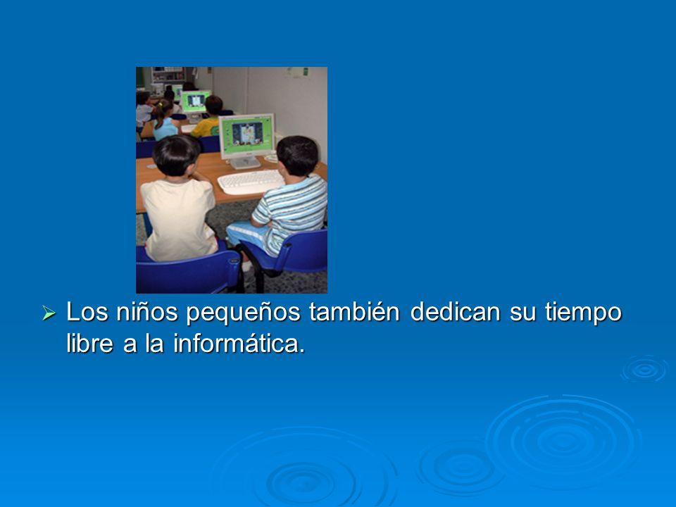 Los niños pequeños también dedican su tiempo libre a la informática. Los niños pequeños también dedican su tiempo libre a la informática.