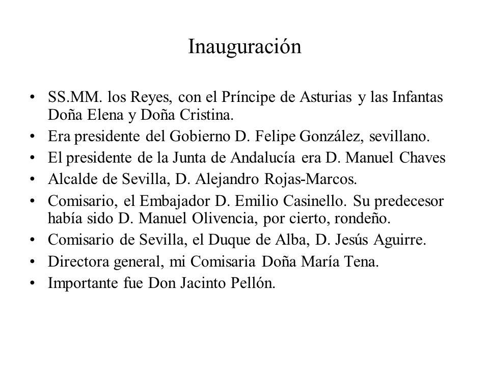 Inauguración SS.MM. los Reyes, con el Príncipe de Asturias y las Infantas Doña Elena y Doña Cristina. Era presidente del Gobierno D. Felipe González,