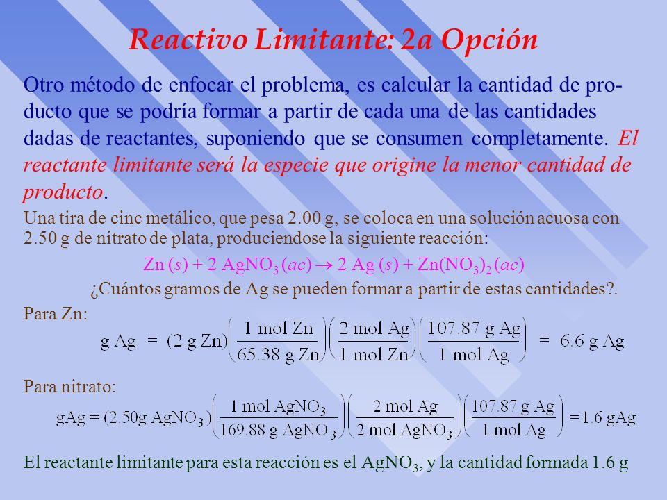 Reactivo limitante: Ejercicio 2 H 2 (g) + O 2 (g) 2 H 2 O(l) Si partimos de 10 moles de H 2 y 7 moles de O 2, ¿quién limita la reacción?. Ya que 2 mol
