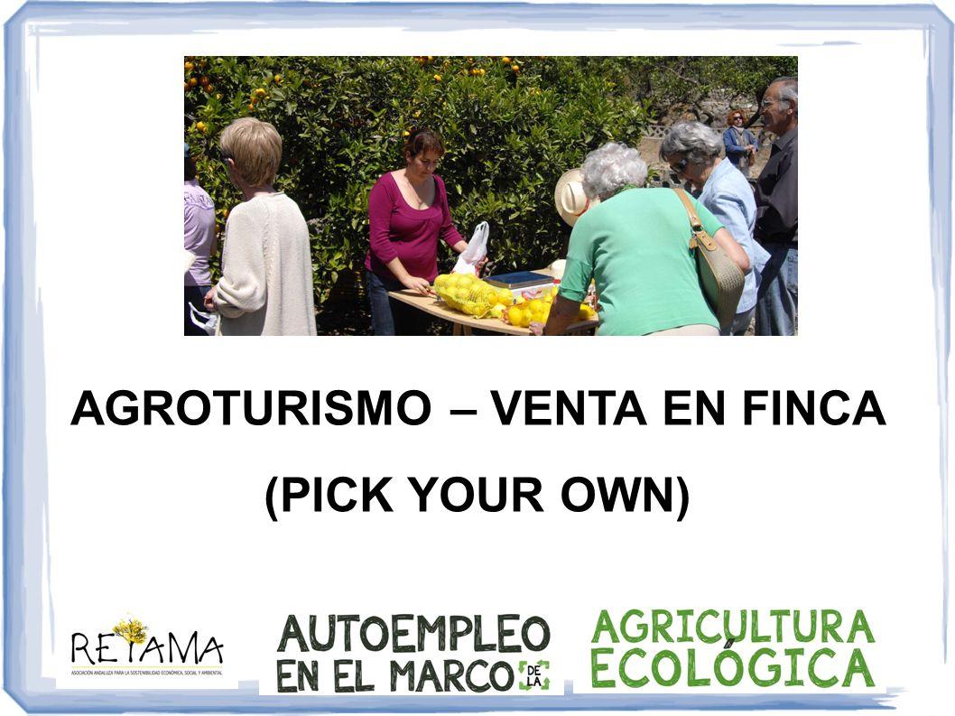 AGROTURISMO Definición El agroturismo es un segmento del mercado del turismo rural bien definido, que abarca el turismo en las granjas y permite a los agricultores diversificar sus actividades, añadiendo al mismo tiempo valor a sus productos .