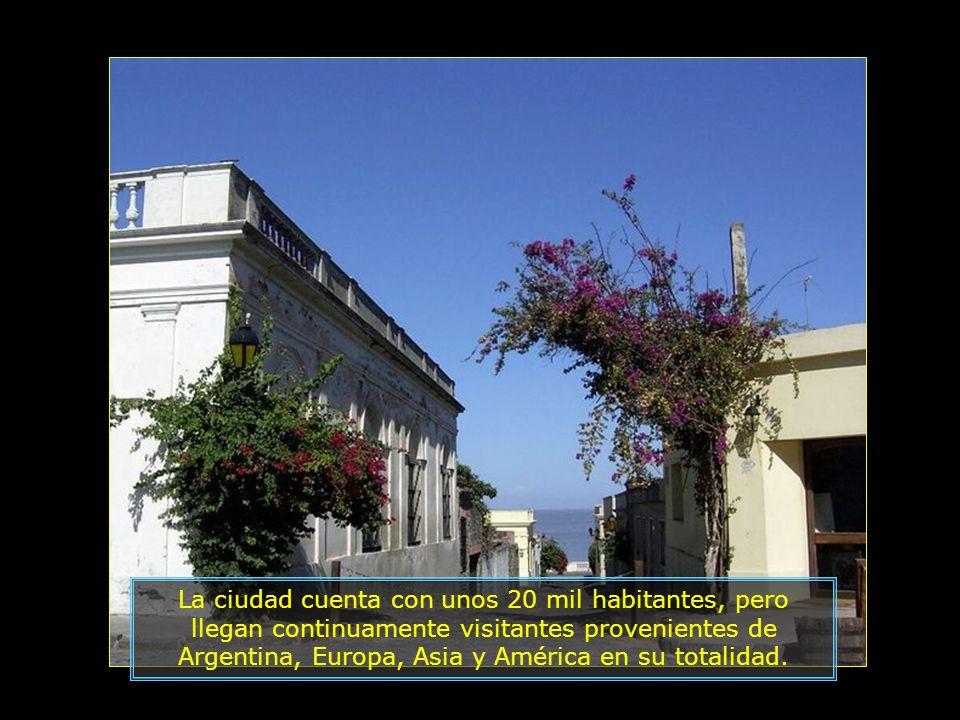 Es un lugar frecuentado por artistas, y turistas de varios países del mundo, atraídos por la belleza del lugar.