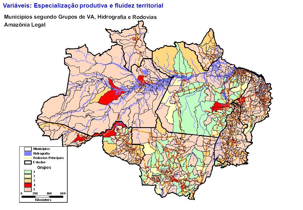 32 Variáveis: Especialização produtiva e fluidez territorial
