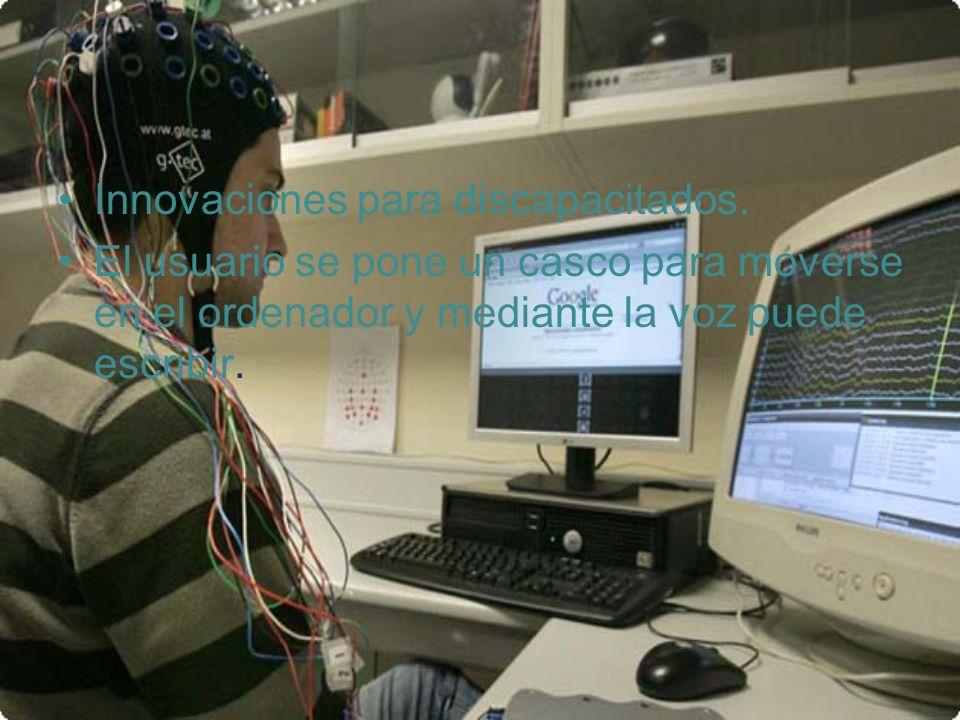 Innovaciones para discapacitados. El usuario se pone un casco para moverse en el ordenador y mediante la voz puede escribir.