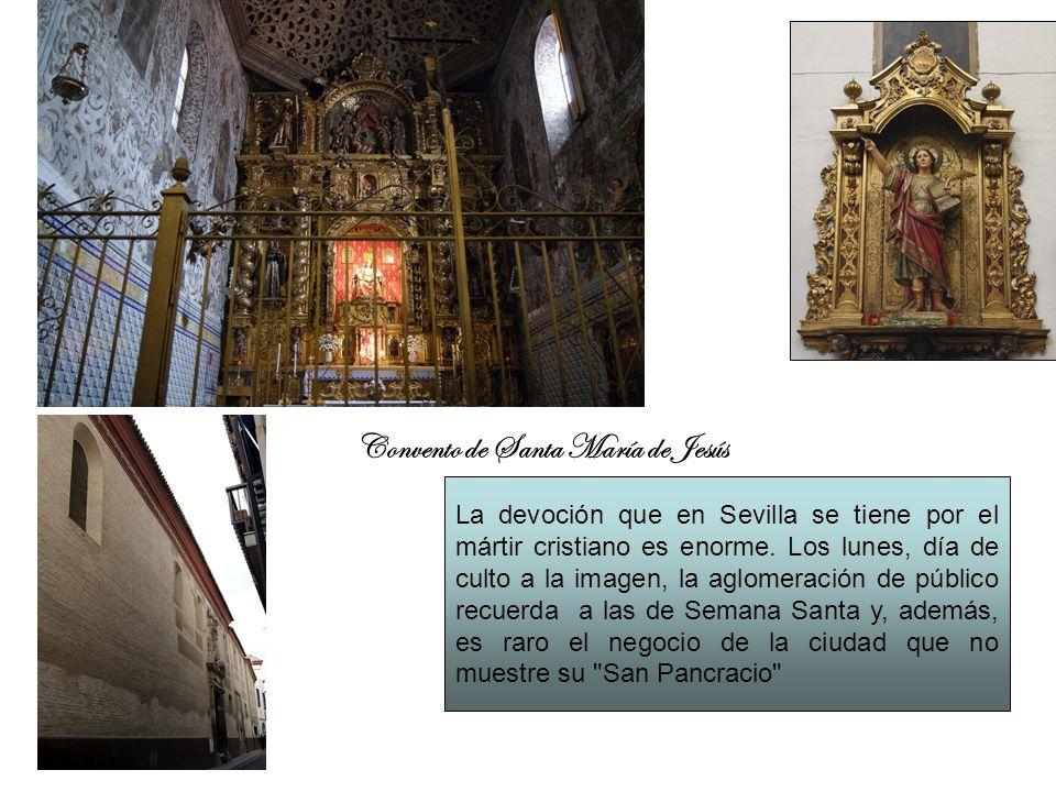 La devoción que en Sevilla se tiene por el mártir cristiano es enorme. Los lunes, día de culto a la imagen, la aglomeración de público recuerda a las