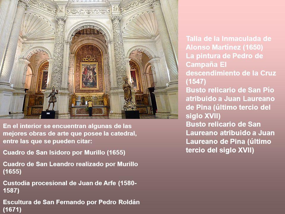 En el interior se encuentran algunas de las mejores obras de arte que posee la catedral, entre las que se pueden citar: Cuadro de San Isidoro por Muri