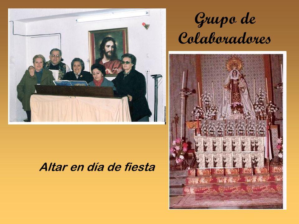 Grupo de Colaboradores Altar en día de fiesta