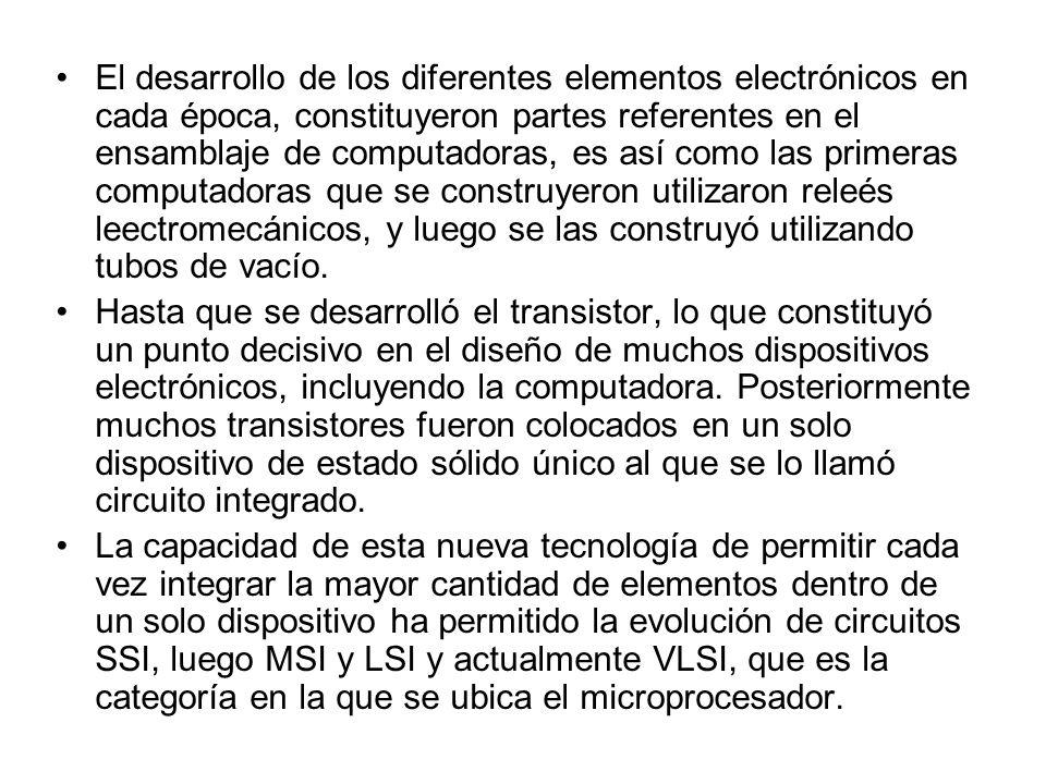 El desarrollo de los diferentes elementos electrónicos en cada época, constituyeron partes referentes en el ensamblaje de computadoras, es así como la