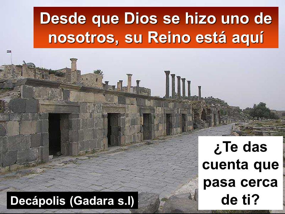 Lc 13, 22-30 En aquel tiempo, Jesús, de camino hacia Jerusalén, recorría ciudades y aldeas enseñando.