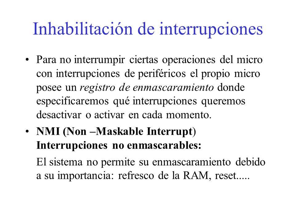Procesamiento de una interrupción Terminar la ejecución de la instrucción máquina en curso. Salva el valor de contador de programa, PC, en la pila, de