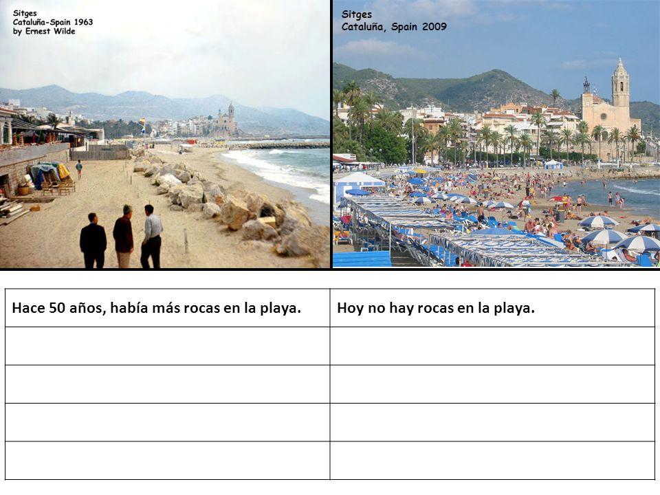 Sitges Cataluña, Spain 2009 Hace 50 años, había más rocas en la playa.Hoy no hay rocas en la playa.