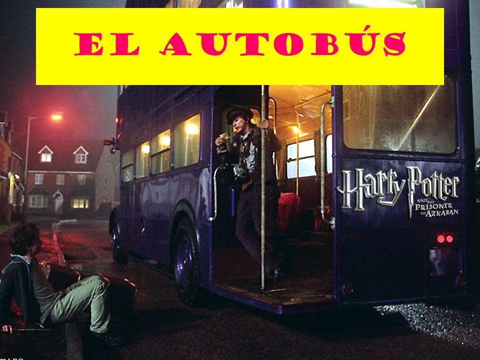 Kathleen Pepin Está Esperando el autobÚs Qué está haciendo Harry?