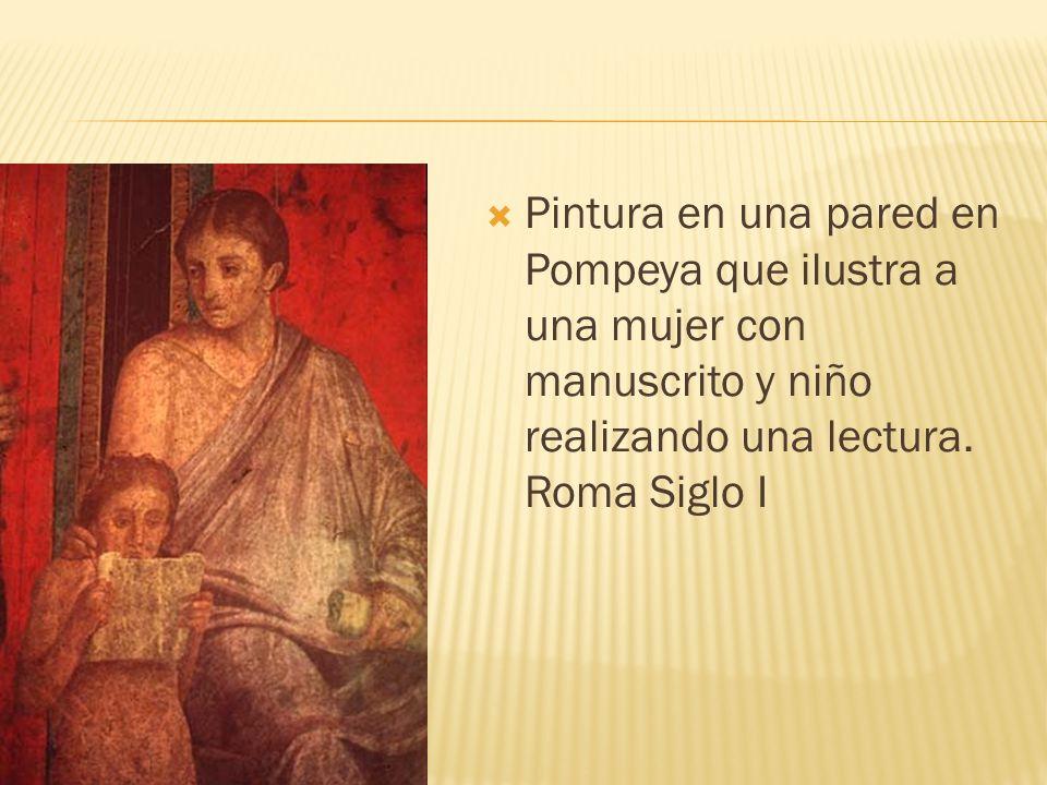 Pintura en una pared en Pompeya que ilustra a una mujer con manuscrito y niño realizando una lectura. Roma Siglo I