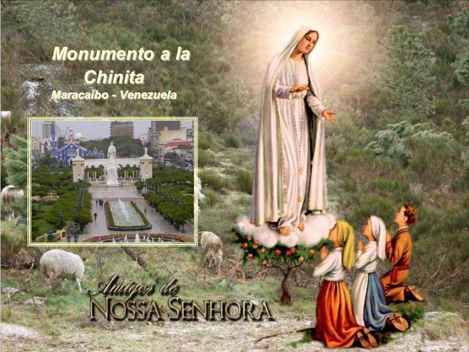 Monumento a la Chinita Maracaibo - Venezuela