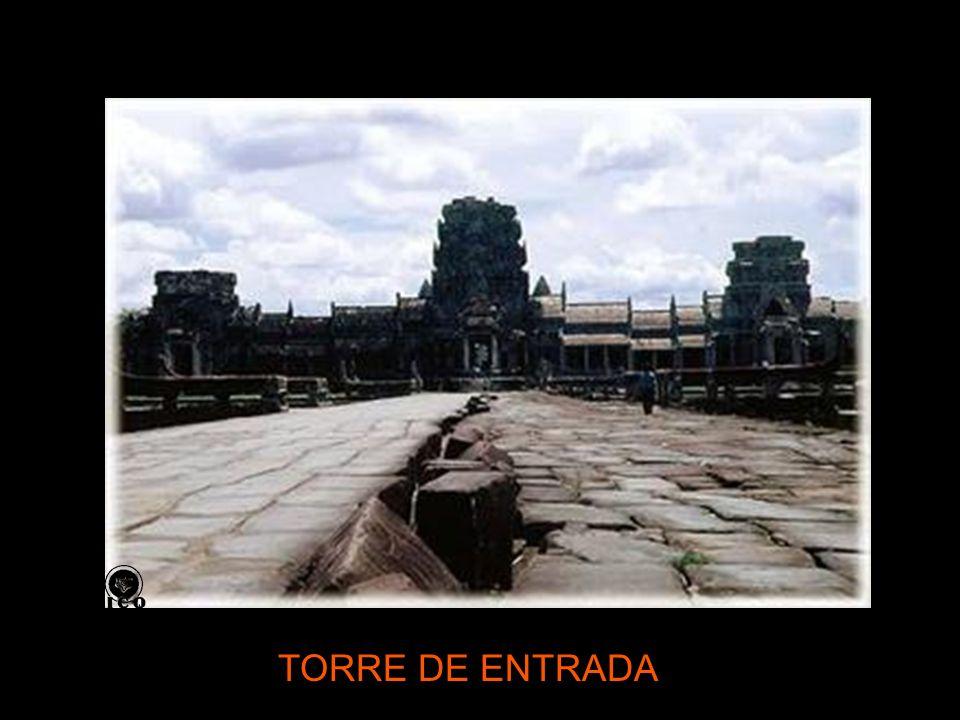 TORRE DE ENTRADA