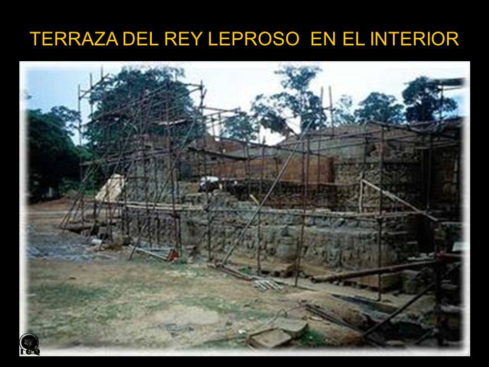 TERRAZA DEL REY LEPROSO EN EL INTERIOR