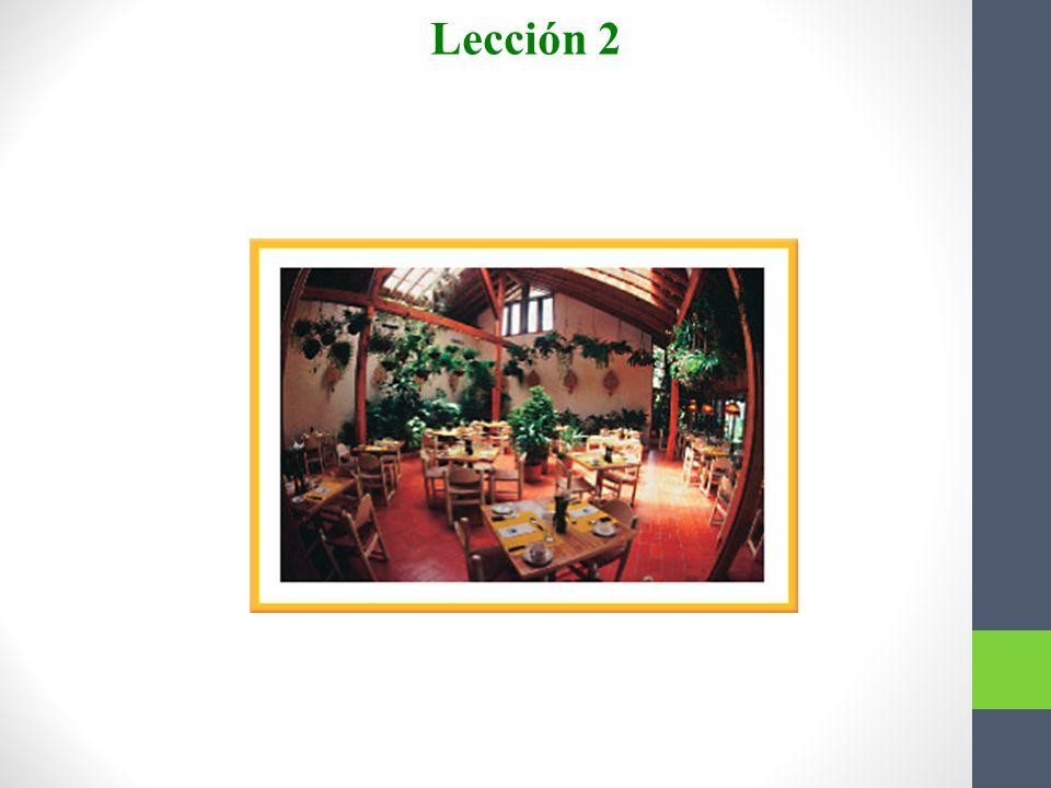 3. El servicio en el restaurante era ___. Estuvimos allí tres horas. Escojan. a. lento Lección 2 b. listo Answer: a