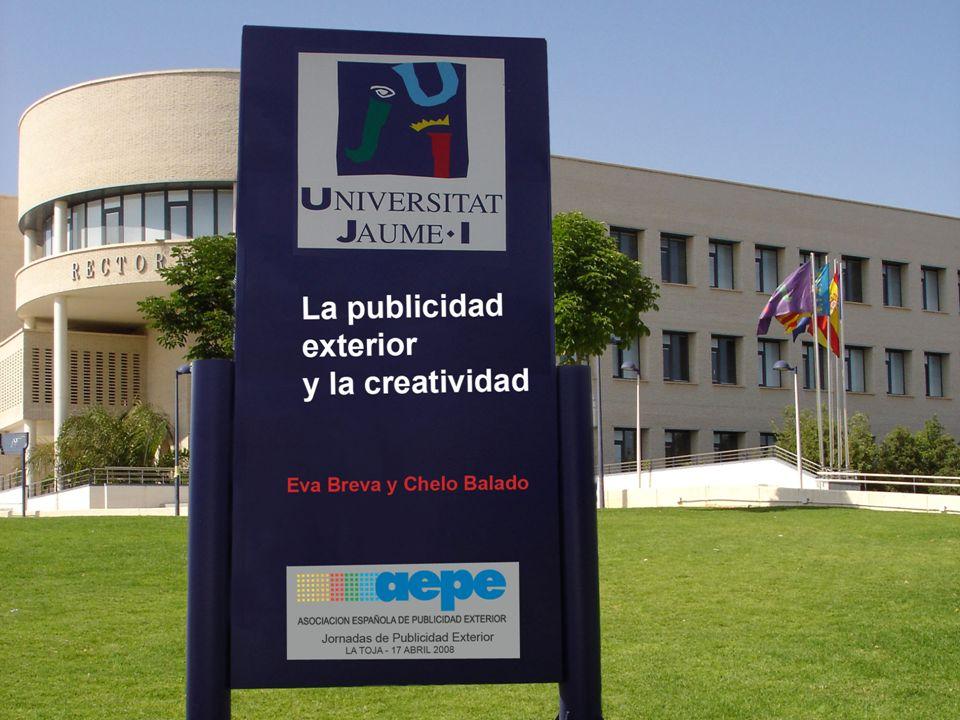 La publicidad exterior y la creatividad 22 INTRODUCCIÓN MUESTRA NEGOCIACIÓN DE MEDIOS CONCEPTO Y ADAPTACIONES EL ANUNCIO PERFECTO CARACTERÍSTICAS FORMALES PUBLICIDAD NO CONVENCIONAL REPRIMENDAS RESUMEN POSIBILIDADES CREATIVAS Eva Breva y Chelo Balado REPRIMENDAS Críticas a los anunciantes...