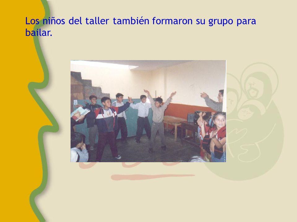 Entre los niños de la zona se formaron varios grupos de baile, de las canciones que estaban de moda......