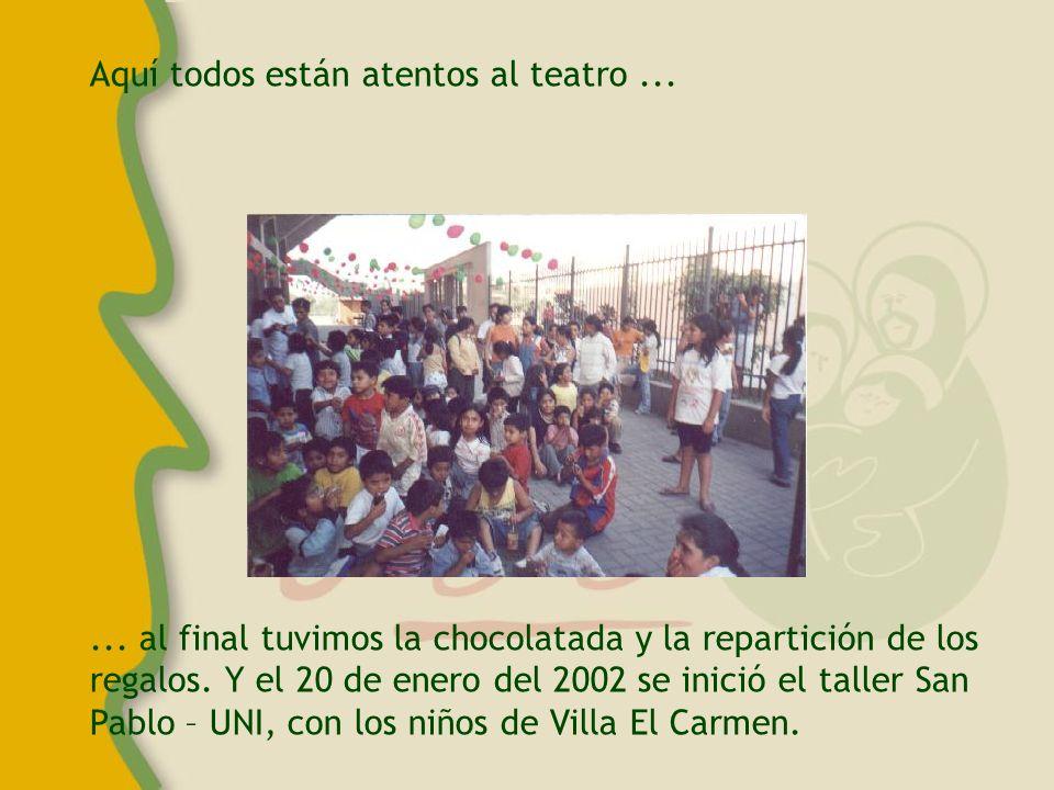 Los niños de Villa El Carmen fueron llevados a la UNI en el bus y un grupo de ellos visitó la capilla y recibió la bendición del P.