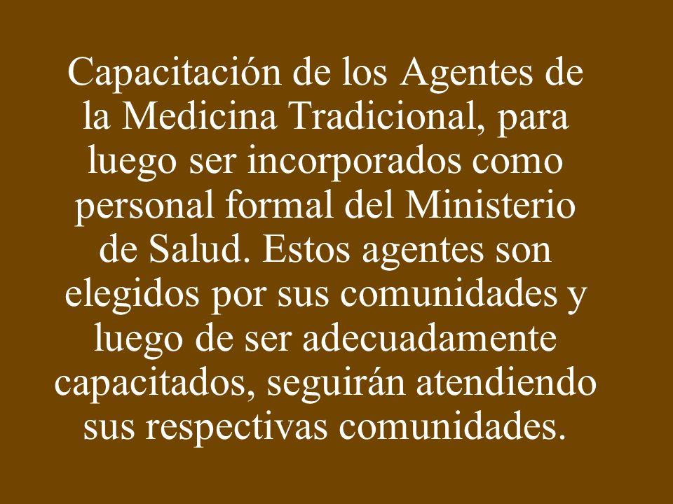 Los Recursos potenciales de la Medicina Tradicional Peruana, tienen dos componentes: Los Agentes o Practicantes de la Medicina Tradicional La gran cantidad de Recursos Naturales que ofrece la naturaleza, sobre todo el reino vegetal, que son utilizados por los practicantes tradicionales.