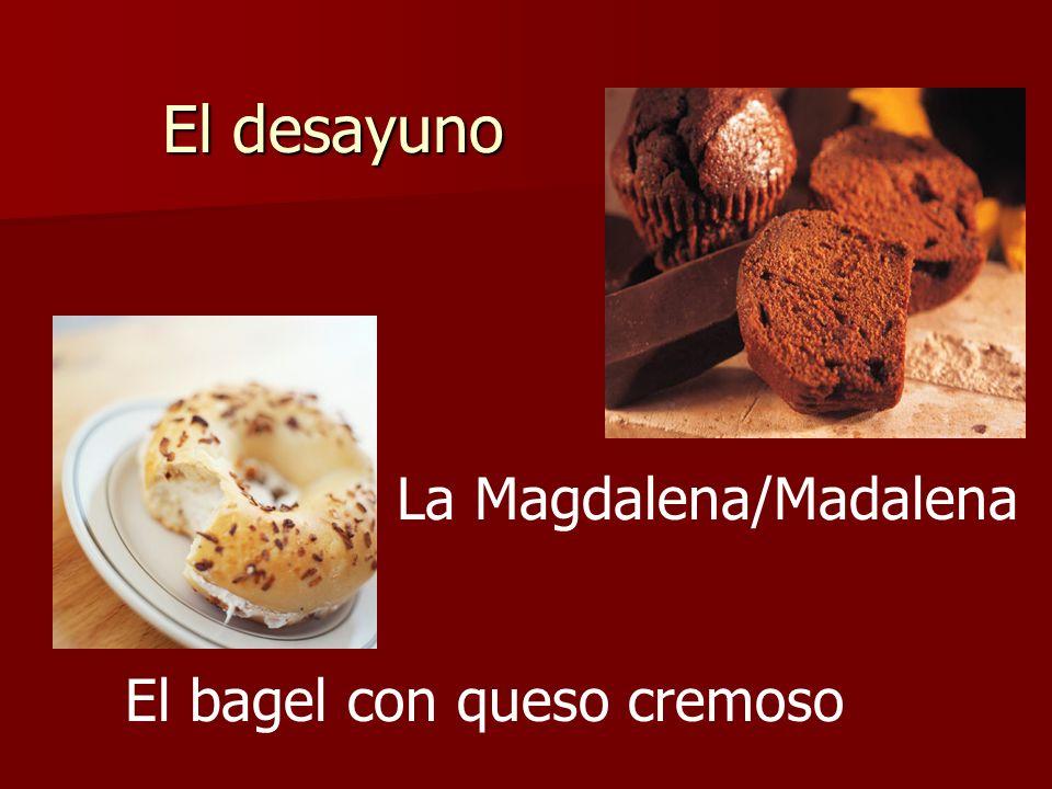 El desayuno El bagel con queso cremoso La Magdalena/Madalena