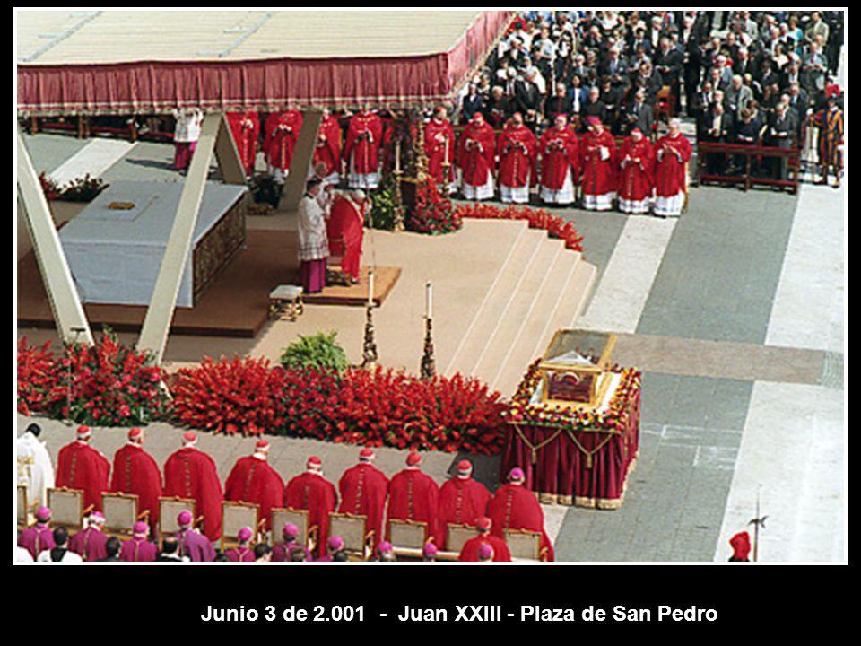 San Juan María Vianney (Cura de Ars) 147 años después de su muerte.