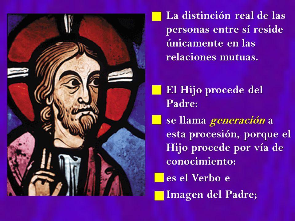 El Espíritu Santo procede del Padre y del Hijo: procede de ambos, como de un único principio, por vía de amor mutuo: se llama espiración a esa procesión.