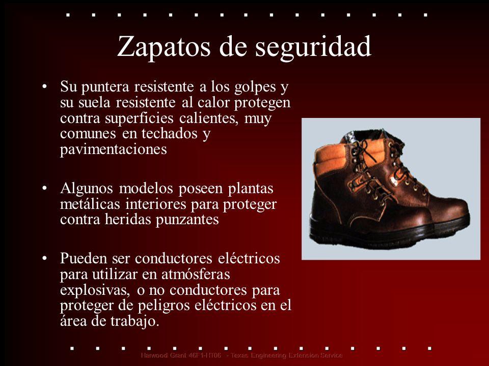 Zapatos de seguridad Su puntera resistente a los golpes y su suela resistente al calor protegen contra superficies calientes, muy comunes en techados