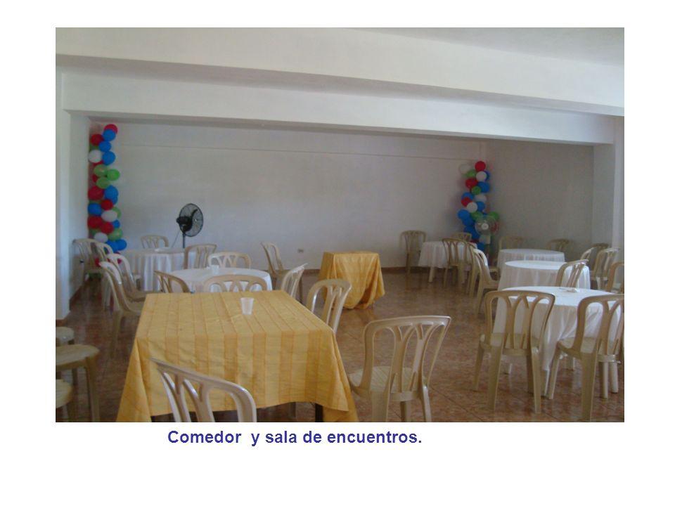 Comedor y sala de encuentros.