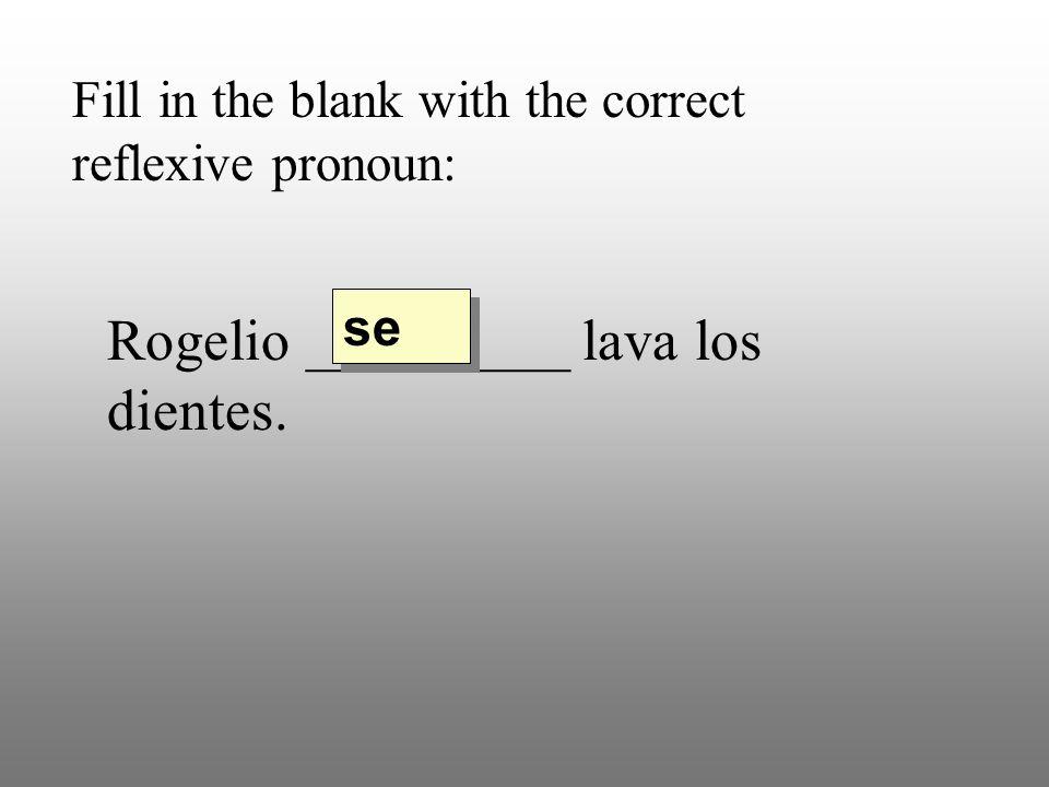 Fill in the blank with the correct reflexive pronoun: Mi hermana_________ porta bien pero mi hermano no porta bien.