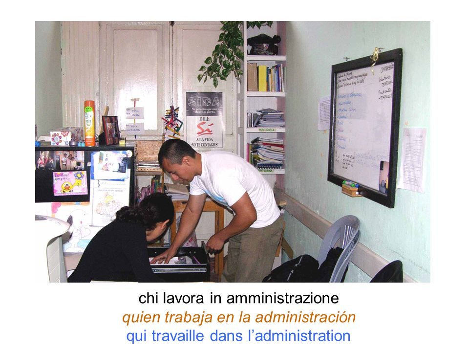 chi lavora in amministrazione quien trabaja en la administración qui travaille dans ladministration