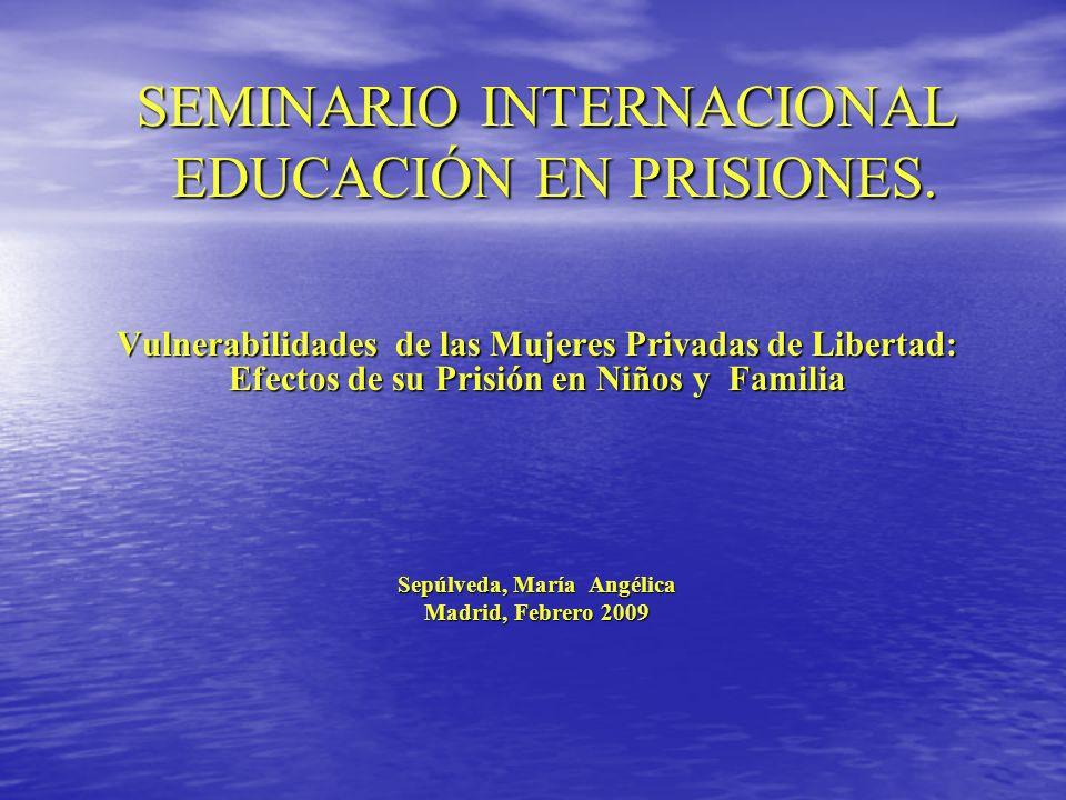 AgendaINTRODUCCIÓN 1.-POBLACIÓN FEMENINA GLOBAL EN DETENCIÓN: NIVELES Y TENDENCIAS 2.-PERFIL DE MUJERES EN PRISIÓN 3.-SALUD MENTAL Y STRESS PRODUCTO DEL ENCARCELAMIENTO 4.-CONSECUENCIAS PARA LA FAMILIA 5.-UNIDADES MADRE-BEBÉ: Hogar Casa Berta y Hogar Sn.