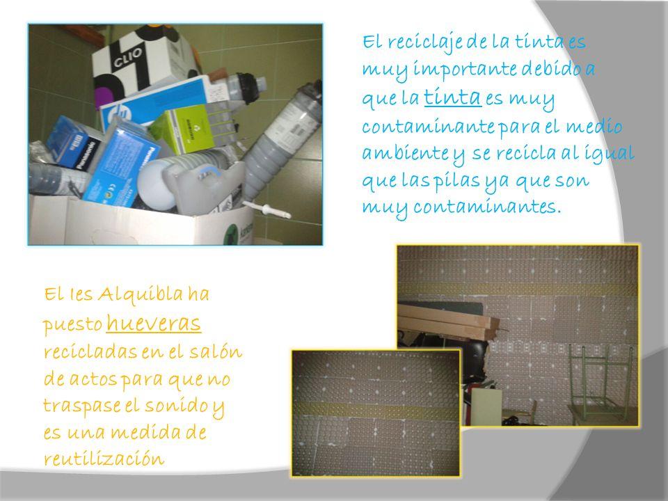 El reciclaje de la tinta es muy importante debido a que la tinta es muy contaminante para el medio ambiente y se recicla al igual que las pilas ya que son muy contaminantes.