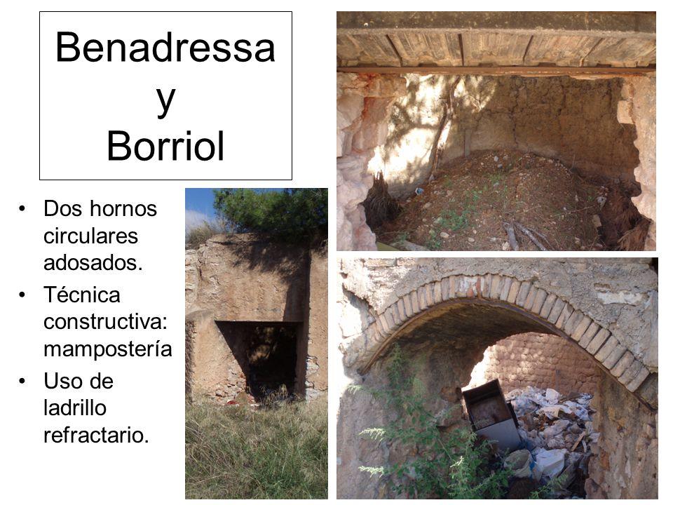 Benadressa y Borriol Dos hornos circulares adosados.