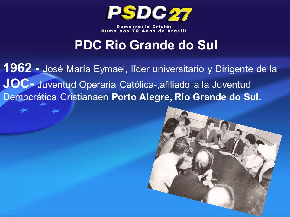 PDC Rio Grande do Sul 1962 - José María Eymael, líder universitario y Dirigente de la JOC- Juventud Operaria Católica-,afiliado a la Juventud Democrática Cristianaen Porto Alegre, Río Grande do Sul.