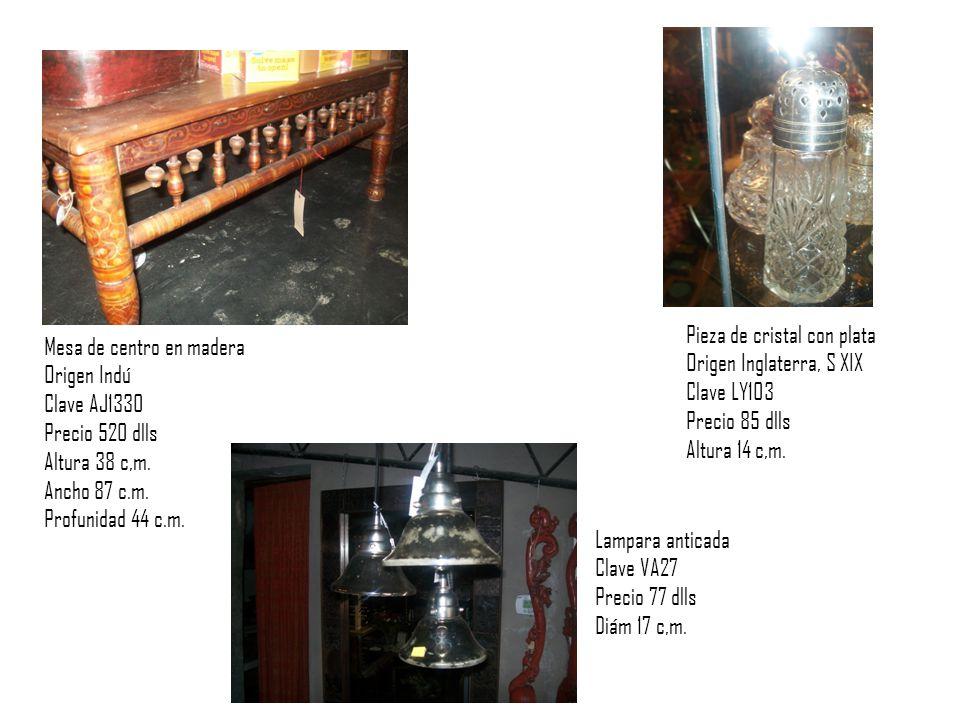 Mesa de centro en madera Origen Indú Clave AJ1330 Precio 520 dlls Altura 38 c,m.