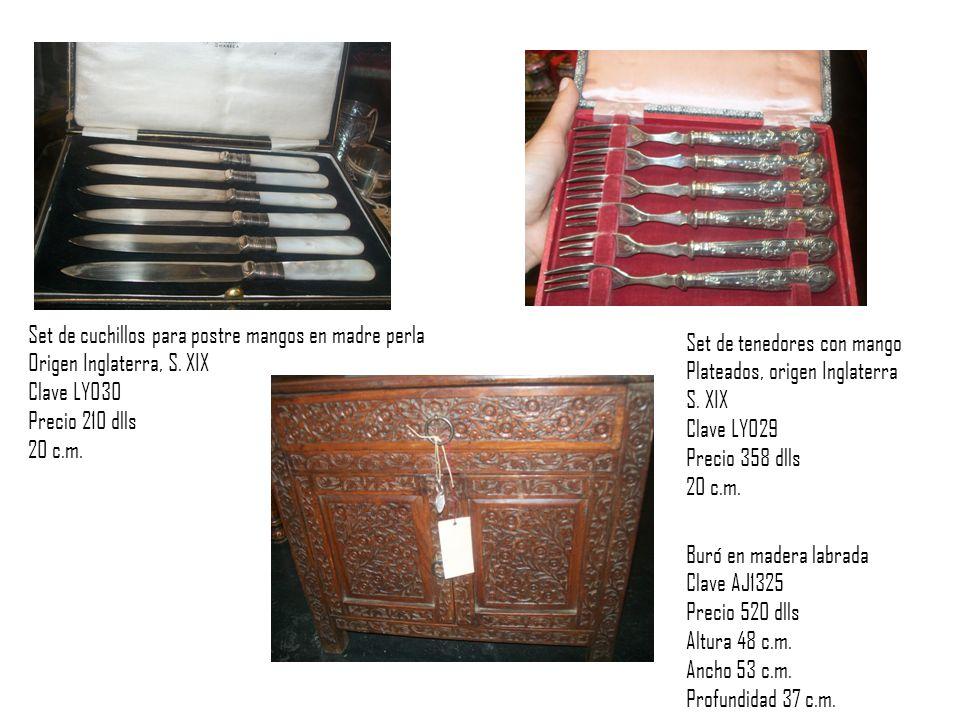 Set de cuchillos para postre mangos en madre perla Origen Inglaterra, S.