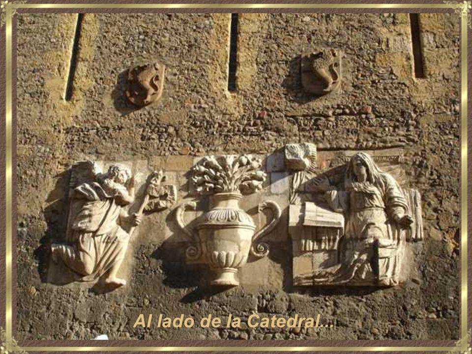 Un soportal de la Plaza Mayor