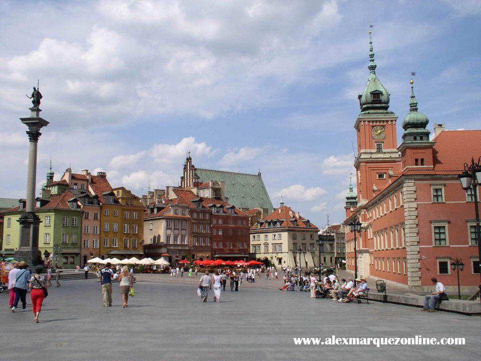 Gdansk El primer buque construido en el astillero. www.alexmarquezonline.com