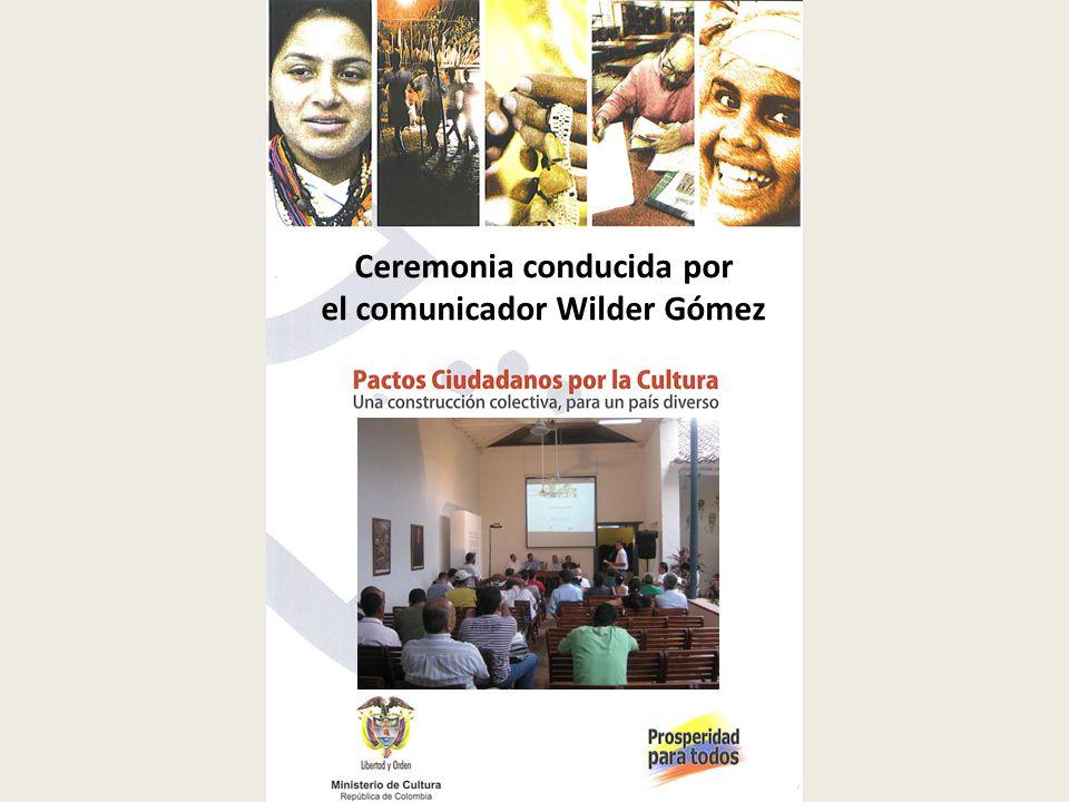 Ceremonia conducida por el comunicador Wilder Gómez